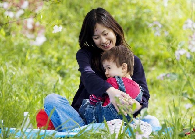 """Có câu nói rằng: """"Người làm mẹ không sợ không hiền từ, chỉ sợ là biết yêu thương mà không biết dạy con"""". (Ảnh: Internet)"""