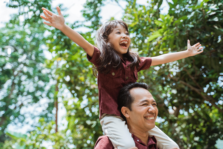 5 cách cha mẹ có thể động viên trẻ ở nhà trong thời kỳ đại dịch - không cần phải cằn nhằn hay cáu kỉnh