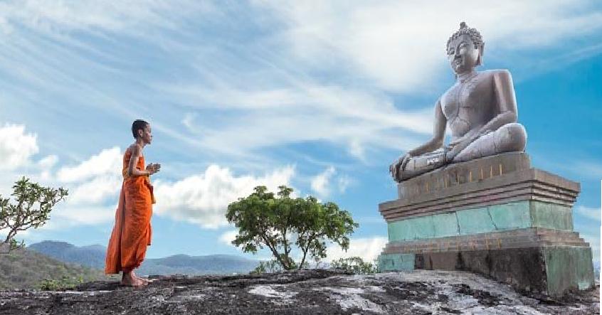 Mâm cao cỗ đầy bái Phật để làm gì khi tâm không thiện