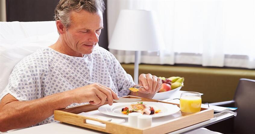 Quá trình điều trị ung thư rất đau đớn, phép màu của y học dinh dưỡng chống ung thư